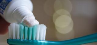 Como escolher o creme dental ideal